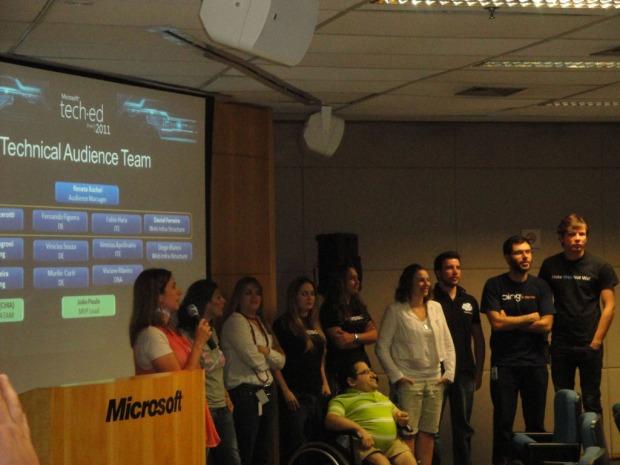 Funcionários Microsoft sendo apresentados no evento